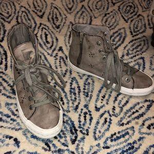 Fashion sneakers!